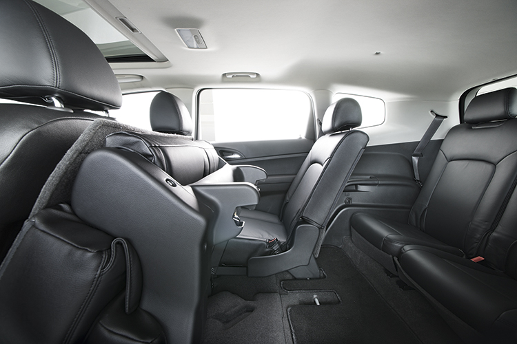 chevrolet orlando third row