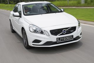 volvo s60 r-design front tracking