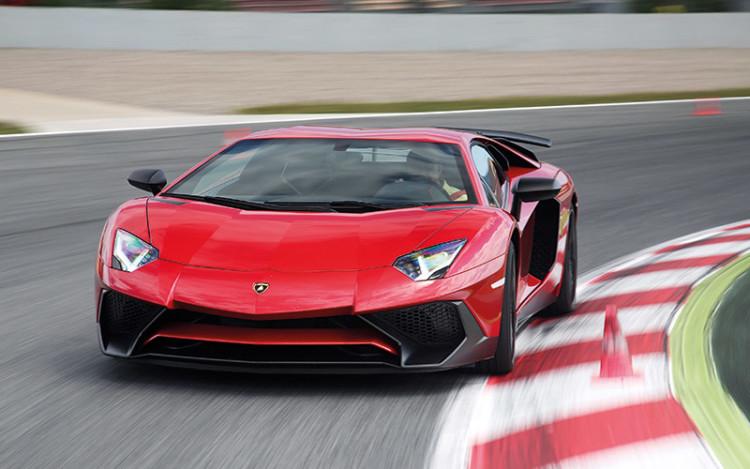 Lamborghini-Aventador-Superveloce_1