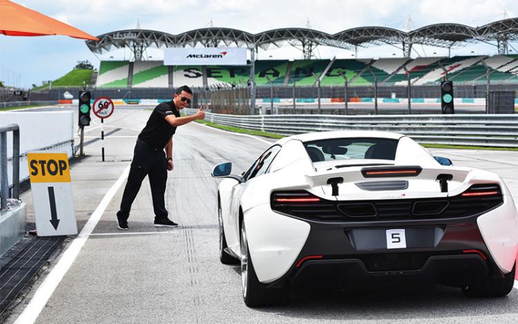 McLaren-06_192