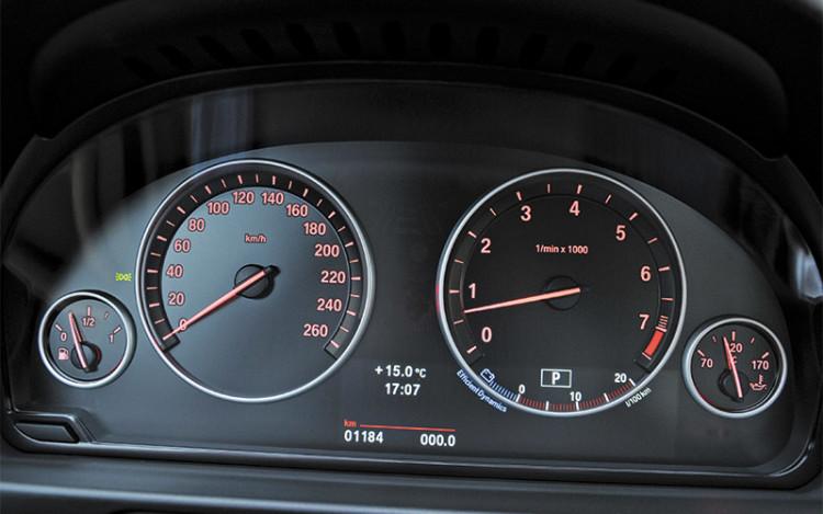 5-Series-dashboard