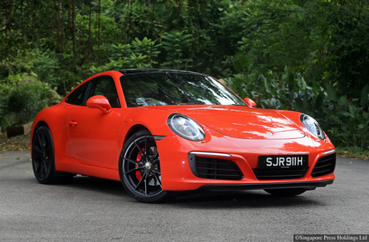 Porsche 911_main