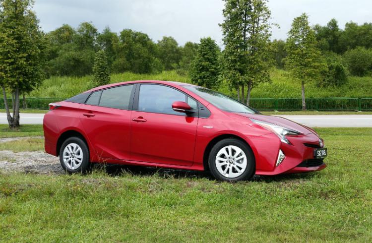Toyota Prius_main