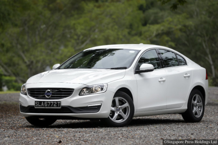 The new diesel Volvo S60 is powerful and fuel-efficient.