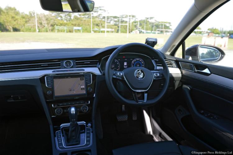 Volkswagen Passat_cockpit