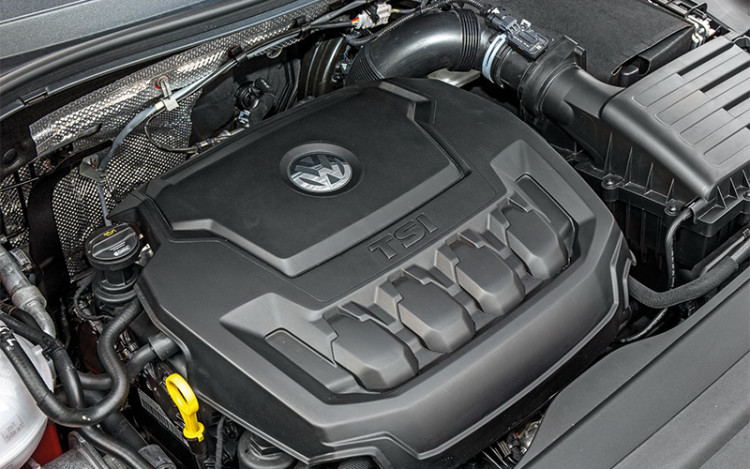 Two-litre turbo 4-pot motor pulls smoothly and only turns vocal above 4000rpm.