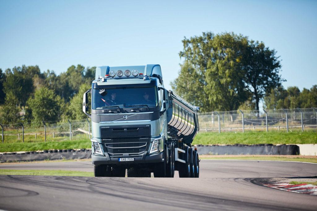 volvo-trucks-volvo-truck-fuelwatch-challenge-asia-pacific-fuelwatch-challenge-sweden-fuel-efficiency-trucker-truckers-truck-driver-truck-drivers-pic3