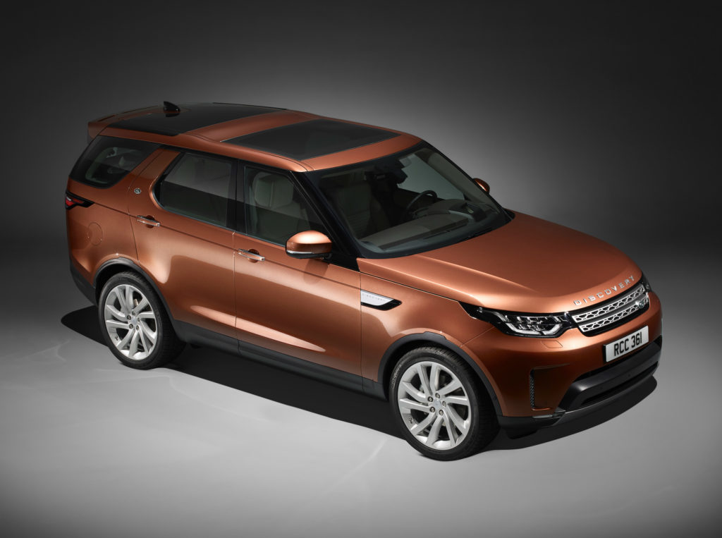 new land rover discovery at paris motor show 2016 torque. Black Bedroom Furniture Sets. Home Design Ideas