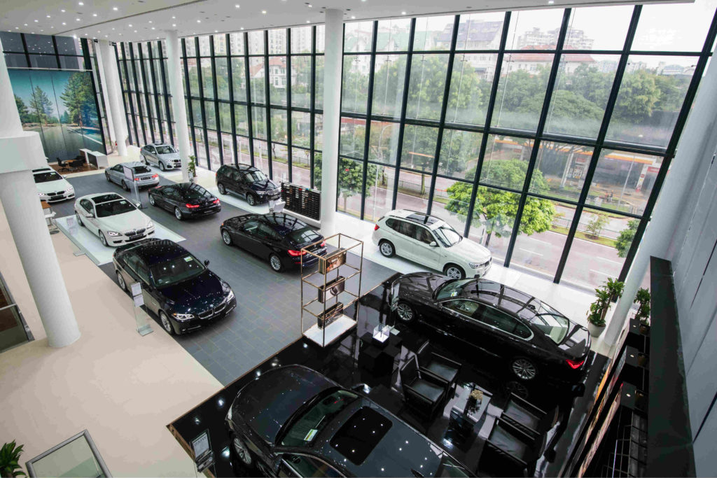 BMW 320I 2016 >> Newly renovated BMW showroom at Sime Darby Performance ...