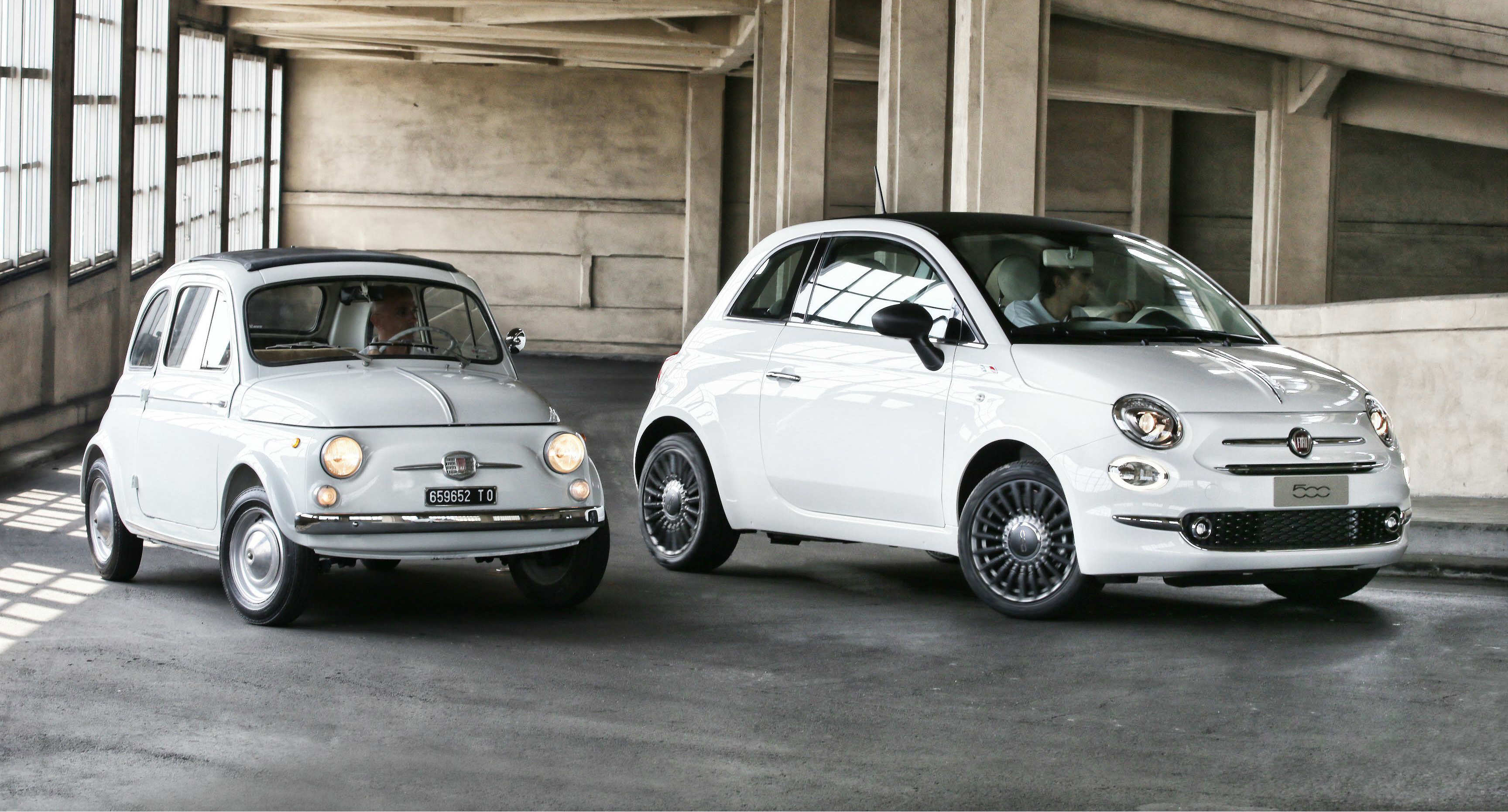 fiat 500 stars at the first world italian design day torque. Black Bedroom Furniture Sets. Home Design Ideas