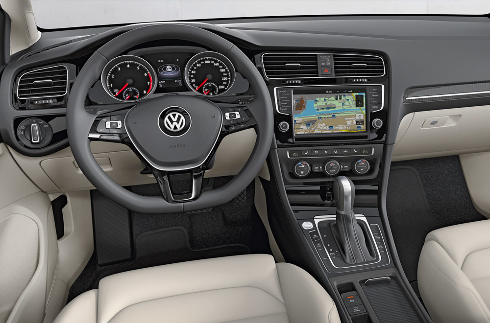 Part of what makes the Polo such a fun drive is its gearbox, a rapid-shifting 7-speed dual-clutch. It is quicker than regular automatic transmissions, and its seamless nature means a more efficient transfer of power.