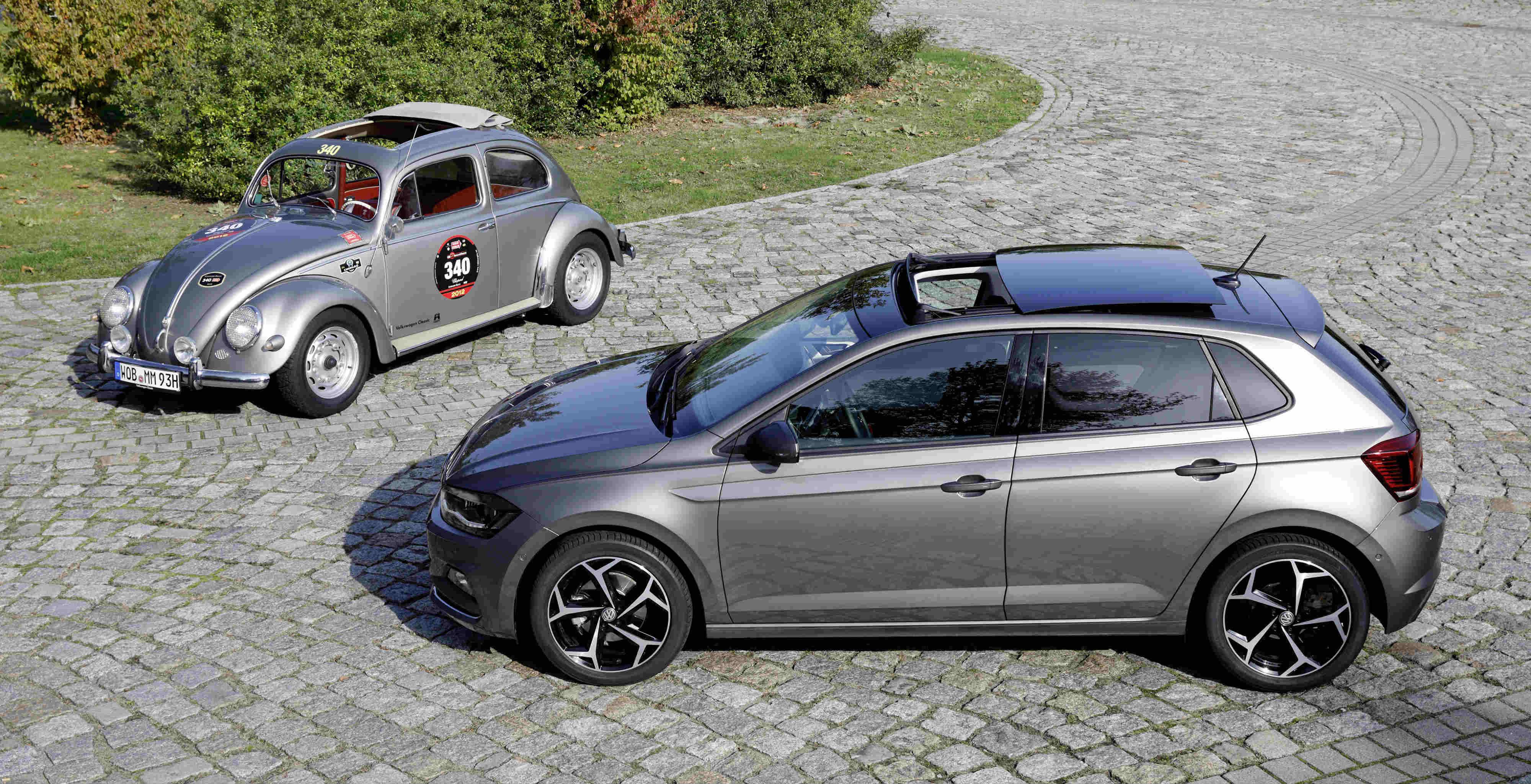 volkswagens panoramic sunroof reinterprets  legendary vw beetles folding soft top torque