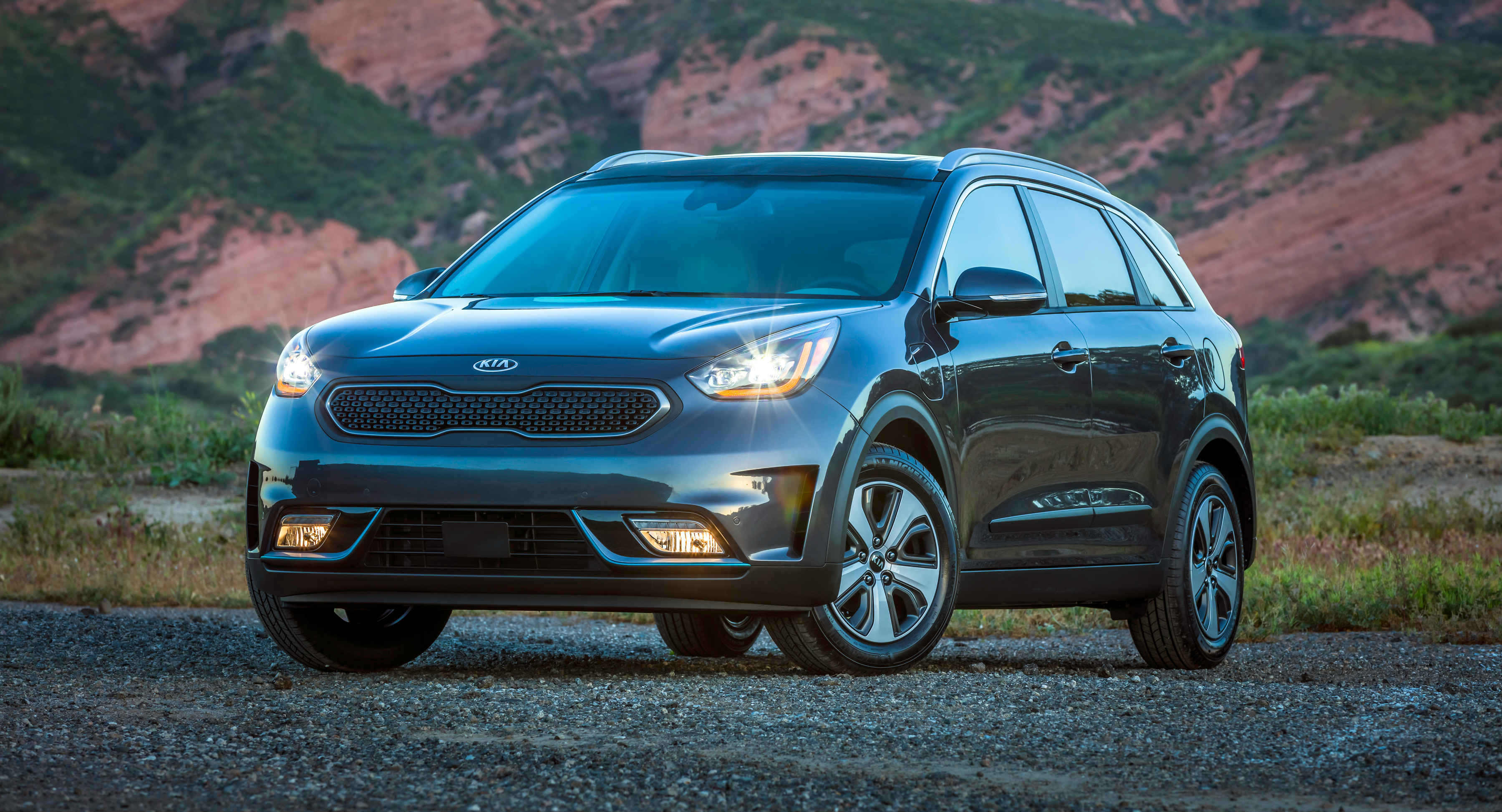 kia niro plug in hybrid crossover torque. Black Bedroom Furniture Sets. Home Design Ideas