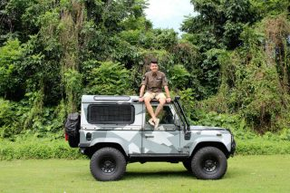 Loo Yong Ping and his Land Rover Defender