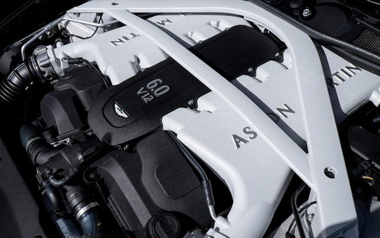 aston-martin-rapide-s-engine
