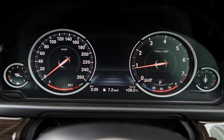 bmw 520i gauges