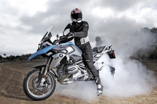 bmw-r1200-gs-burnout