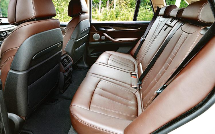 bmw-x5-backseat