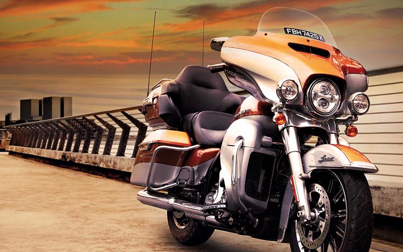 Harley Davidson Electra Glide Rivals Honda S Goldwing Torque