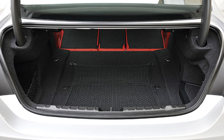 bmw 4 series coupe boot