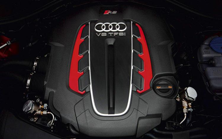 audi-rs6-avant-engine