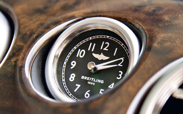 bentley-flying-spur-clock
