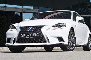 lexus-is300h-front