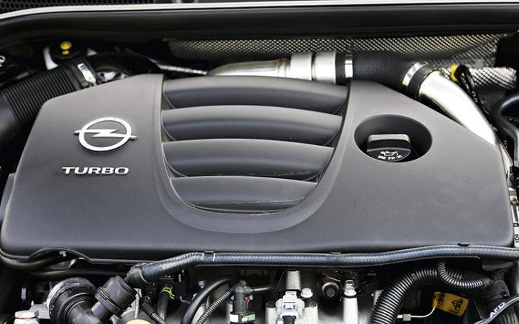 opel-astra-opc-engine