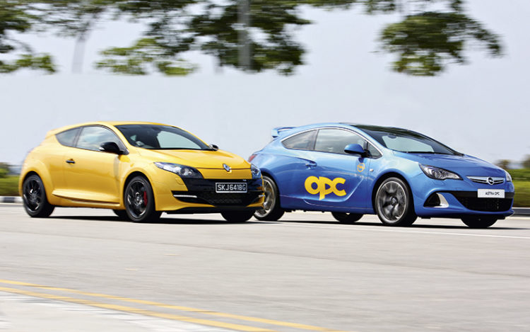 renault-megane-rs265-and-opel-astra-opc-main