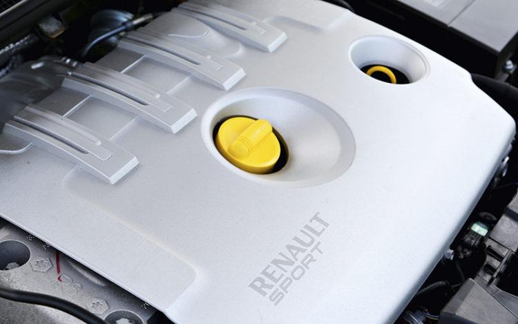 renault-megane-rs265-engine