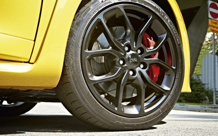 renault-megane-rs265-wheel1