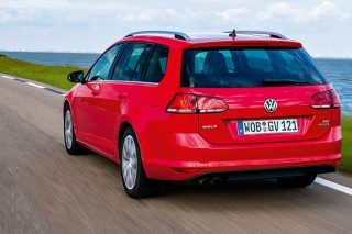 volkswagen golf variant rear tracking