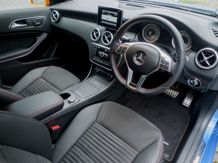 Mercedes-Benz-A220-CDI-interior