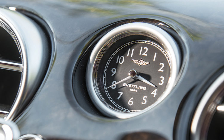 bentley-continental-gt-speed-breitling-clock