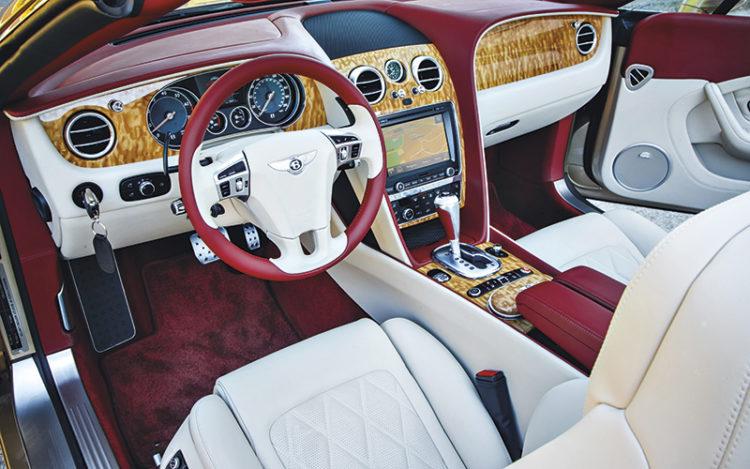 bentley-continental-gt-speed-convertible-cockpit