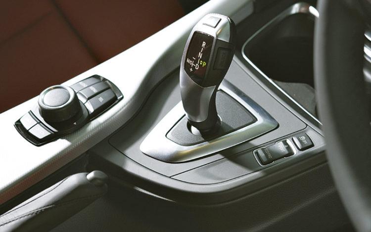 bmw-316i-gearshift-lever