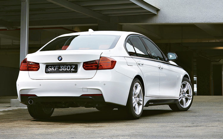 bmw-316i-rear-static
