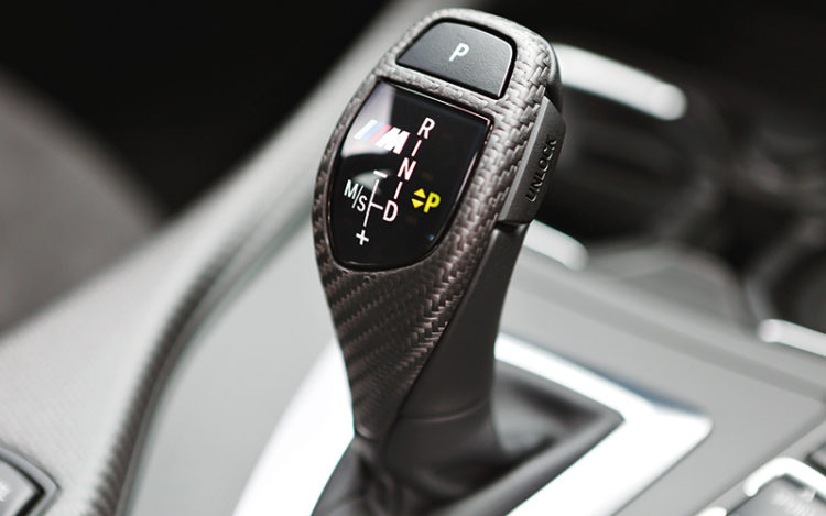 bmw-m135i-gearshift-lever