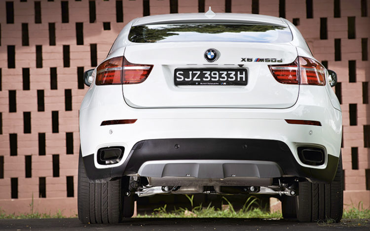 bmw-x6-m50d-direct-rear