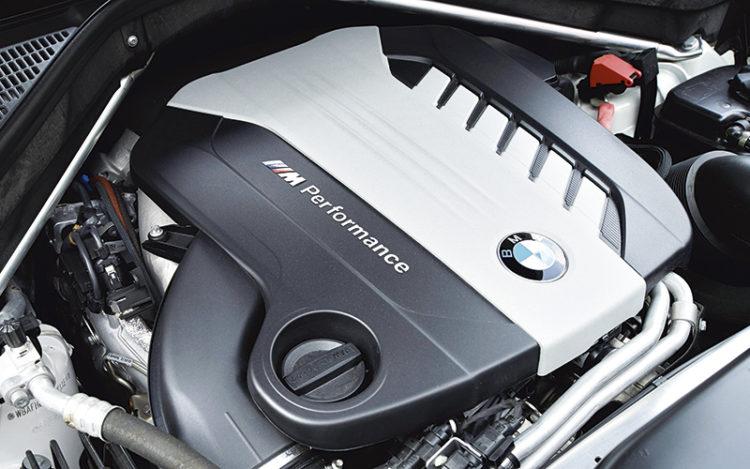 bmw-x6-m50d-engine