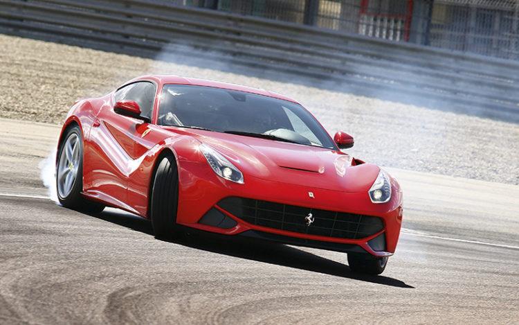 ferrari-f12berlinetta-drifting-front