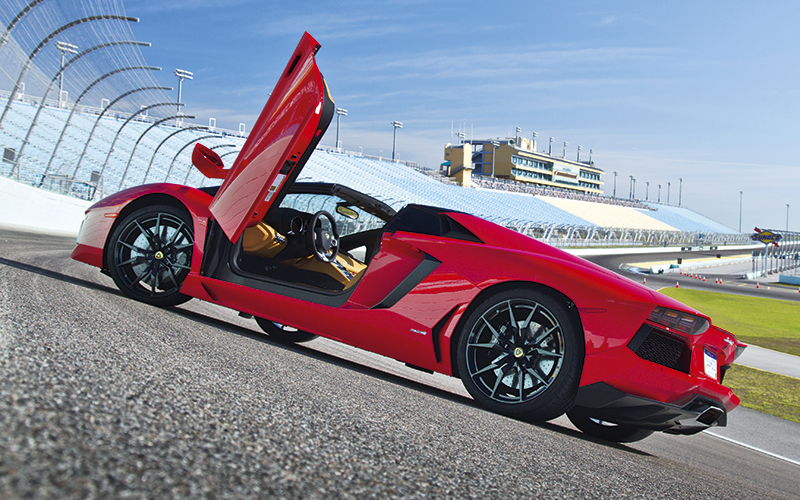Lamborghini Aventador Roadster Is A Hurricane Force Hairdryer Torque