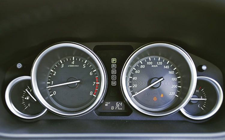 mazda-cx-9-gauges