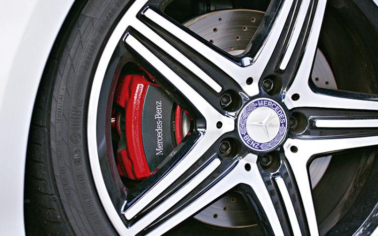 mercedes-benz-a250-brake