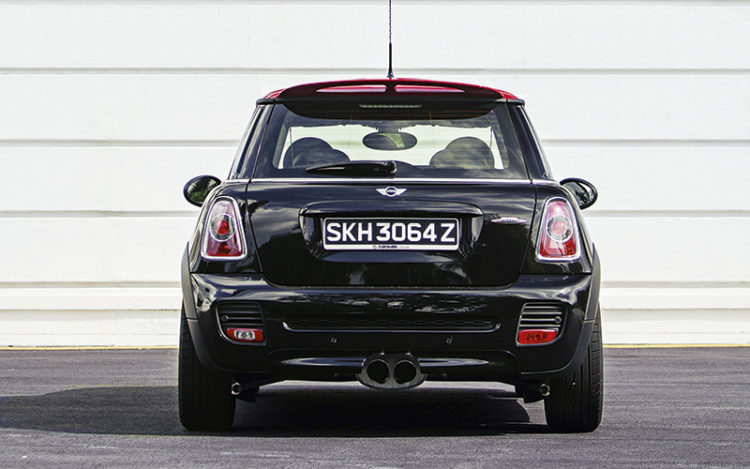 mini-jcw-direct-rear-static