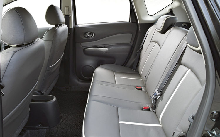 nissan-note-backseat