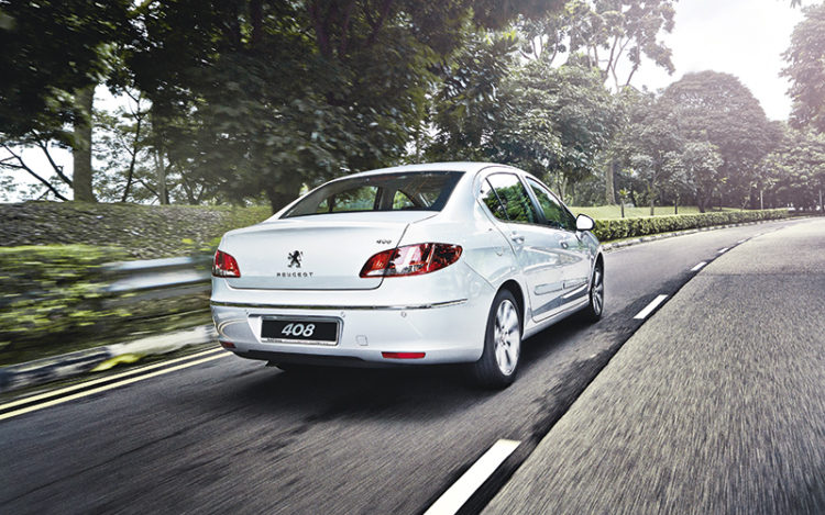 peugeot-408-rear-tracking