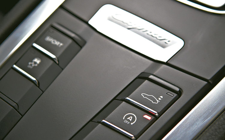 porsche-cayman-centre-console