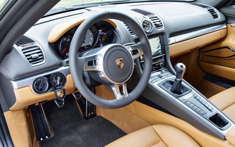 porsche-cayman-s-cockpit