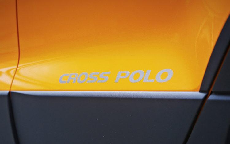 volkswagen-crosspolo-badge